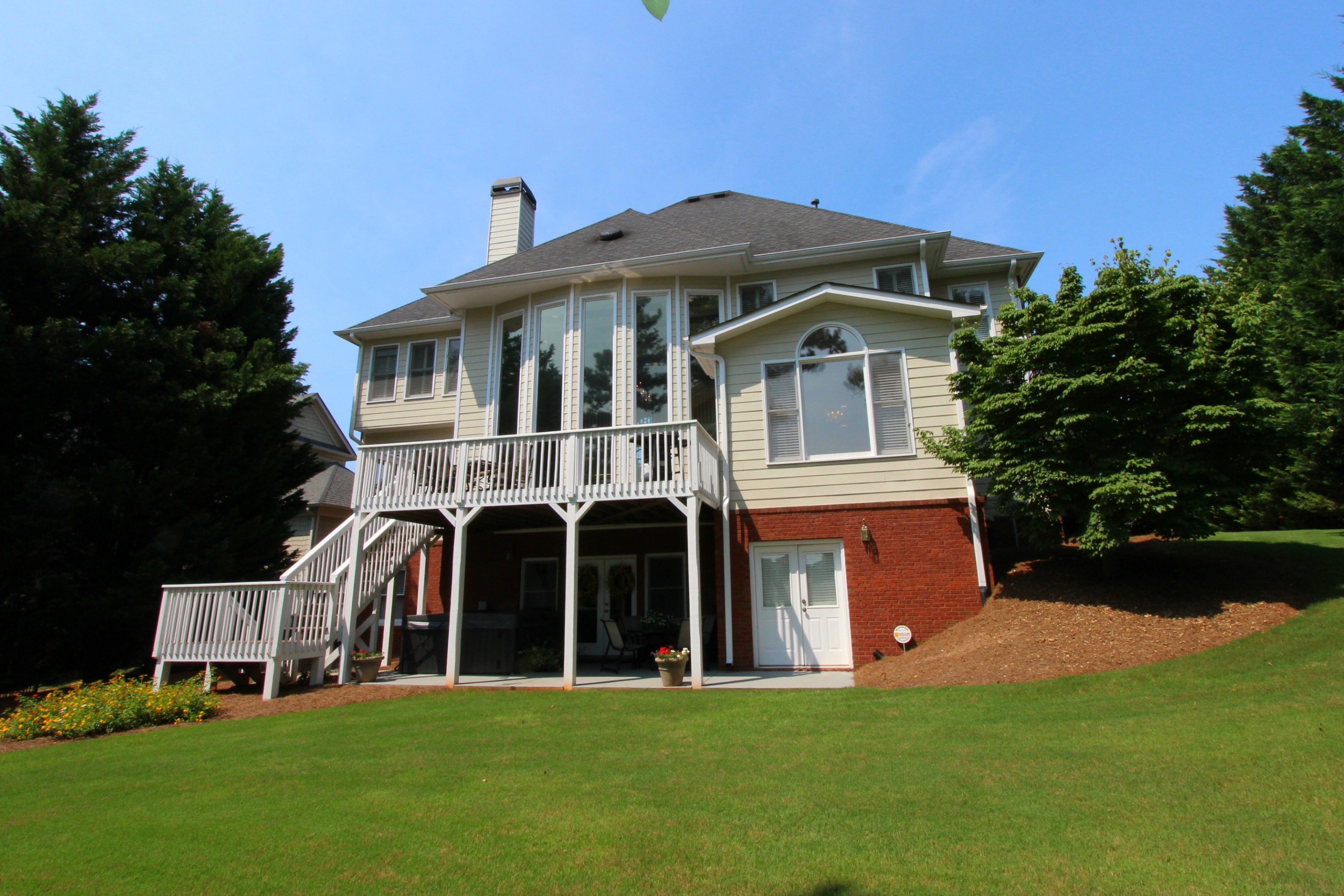915-Golf-View-Court-Dacula-GA-30019-home-for-sale